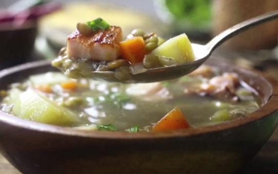 Как приготовить чечевичный суп с копченой грудинкой